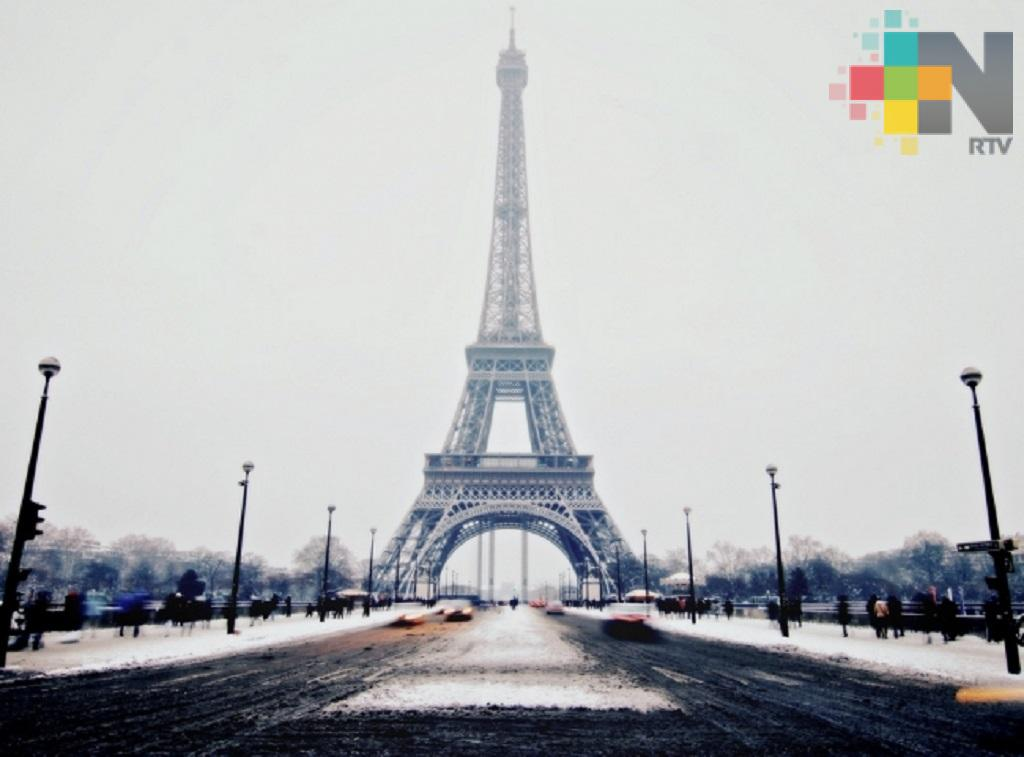 Parisinos necesitarán permiso para usar transporte público ante pandemia