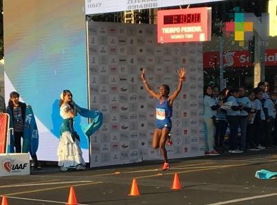 Peruana Melchor, sorprendida por tercer lugar en Medio Maratón GDL 2018