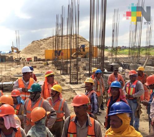 Albañiles adheridos a la CTM piden sean considerados para obras públicas y privadas