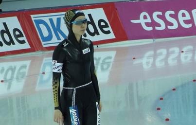 Japón establece récord olímpico con título en patinaje de velocidad