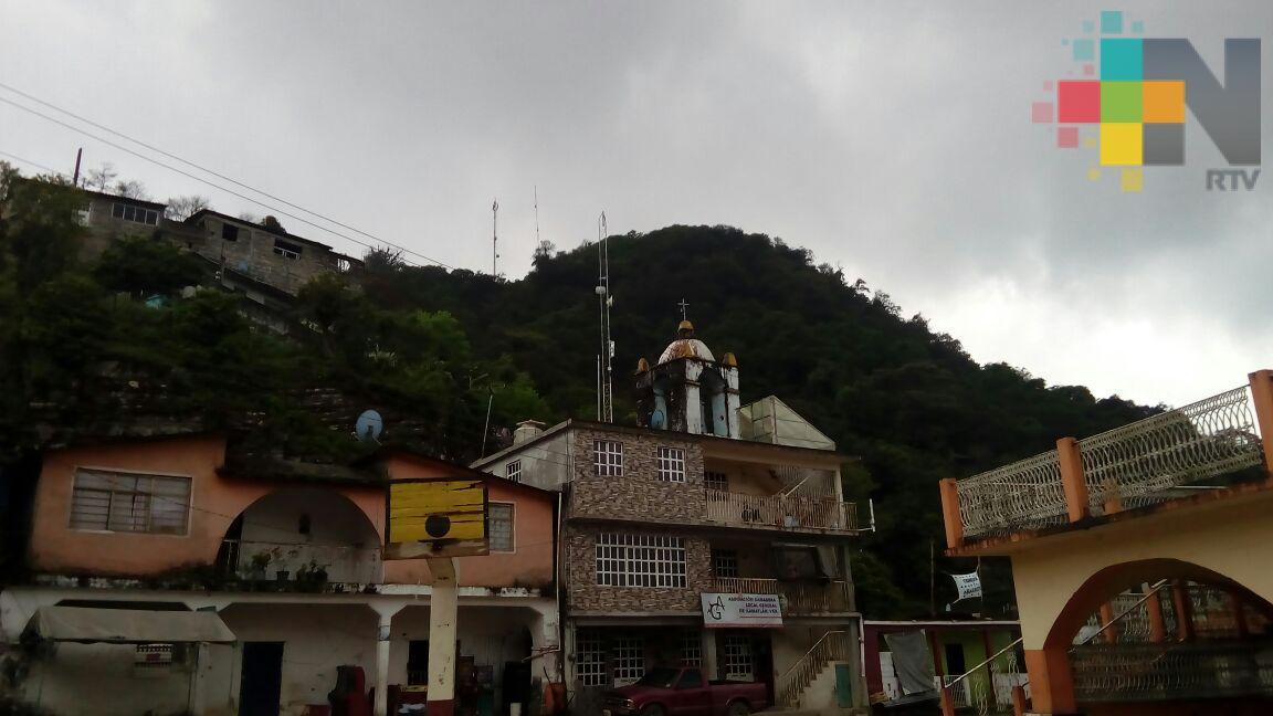 Falta de respuesta de CFE denuncia el municipio de Ilamatlán
