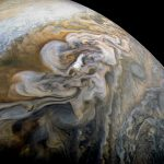 NASA muestra nuevas imágenes de nubes en Júpiter
