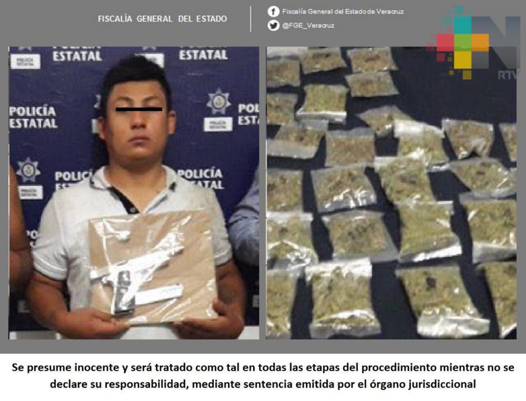 Vinculan a proceso a imputado por extorsión y narcomenudeo, en Martínez de la Torre