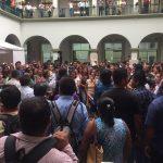 Vecinos de diferentes colonias de Xalapa exigen que los incluyan en plan de obras