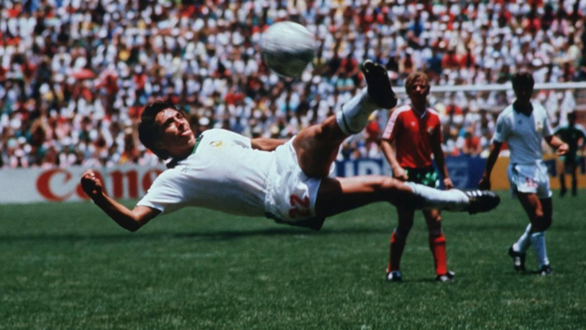 Manuel Negrete vence a Pele en Mejor Gol de los Mundiales
