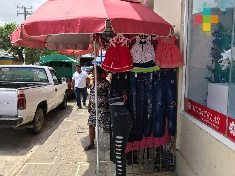 En Coatepec sigue latente el problema del ambulantaje
