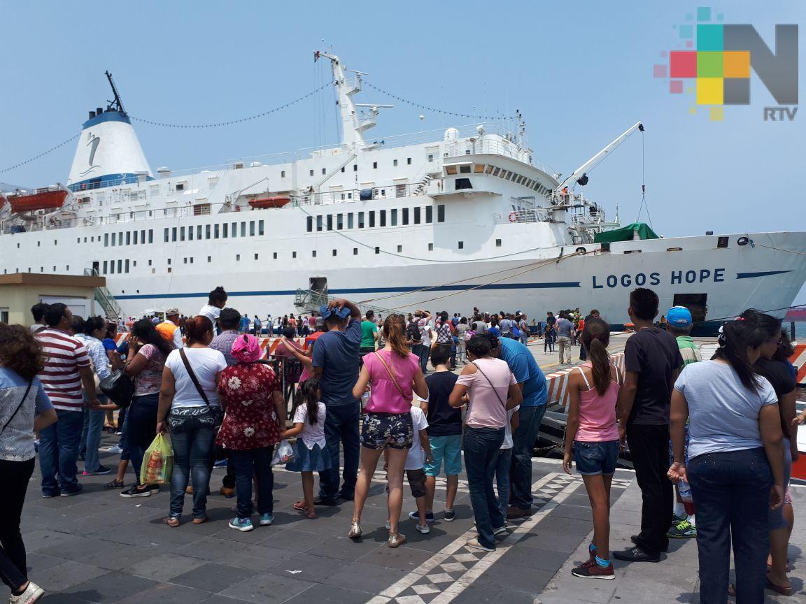Biblioteca flotante vuelve a romper récord de visitantes en Veracruz
