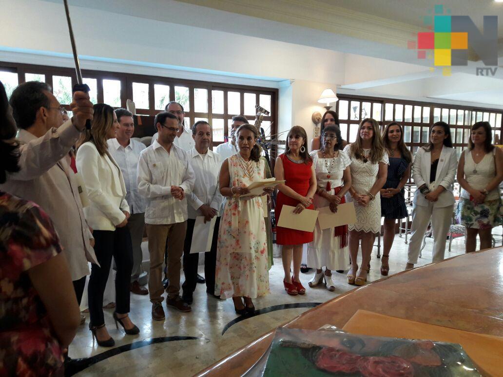 Entregan reconocimientos a artistas locales que han proyectado la cultura veracruzana