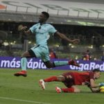 América se reencuentra con triunfo al vencer 1-0 a Santos y es sublíder