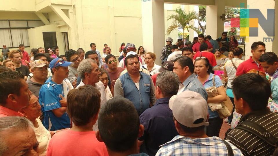 Incumple Ayuntamiento de Coatzacoalcos con el pago a sus trabajadores