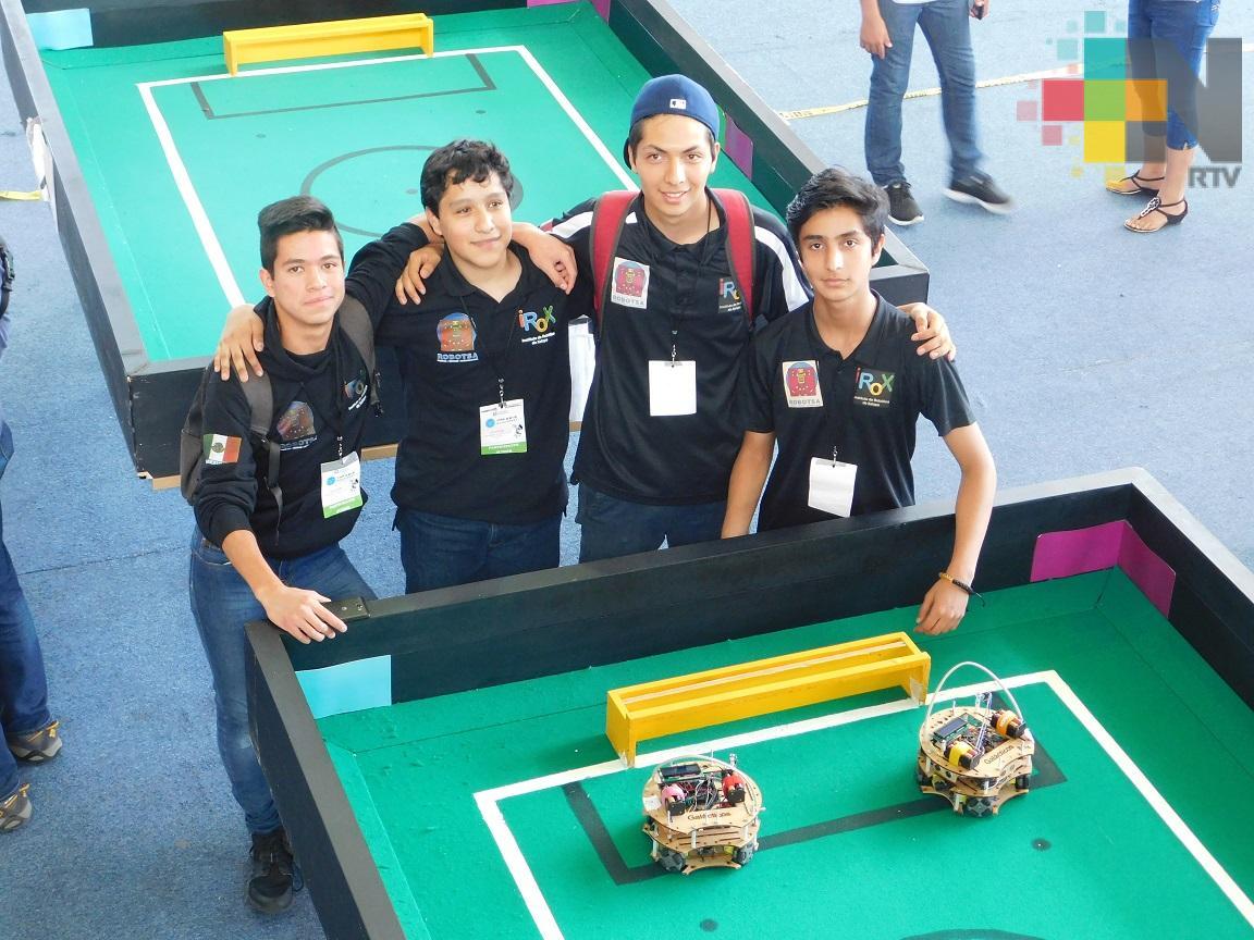 Estudiantes piden apoyo para viajar al Abierto Internacional de Robótica en Portugal