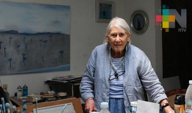 Falleció la pintora y escultora Joy Laville