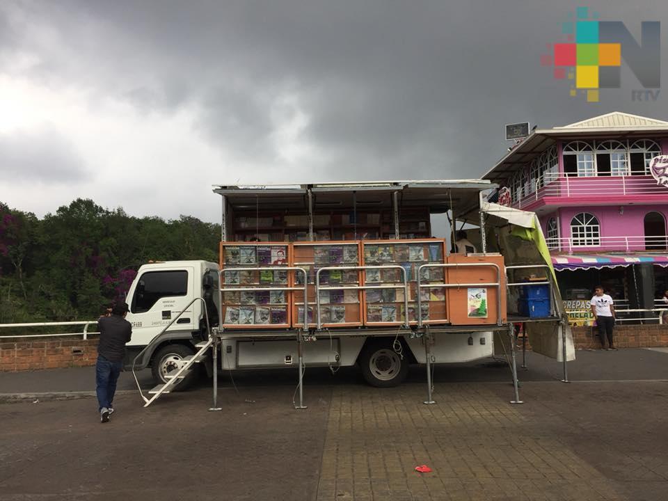 Llega el librobús a Xalapa