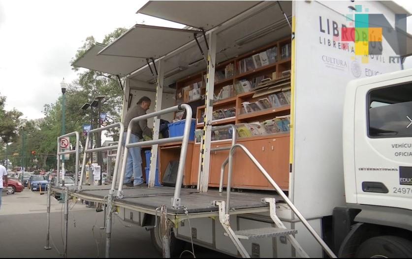 Llega el Librobus a Xalapa