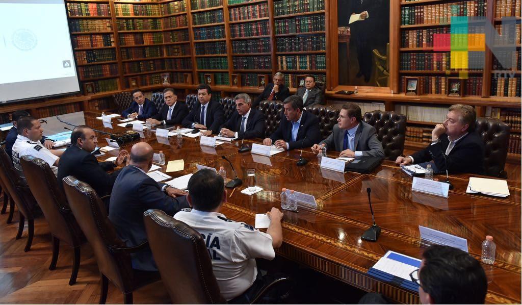 Gobierno federal y gobierno del estado acuerdan reforzar seguridad en Veracruz