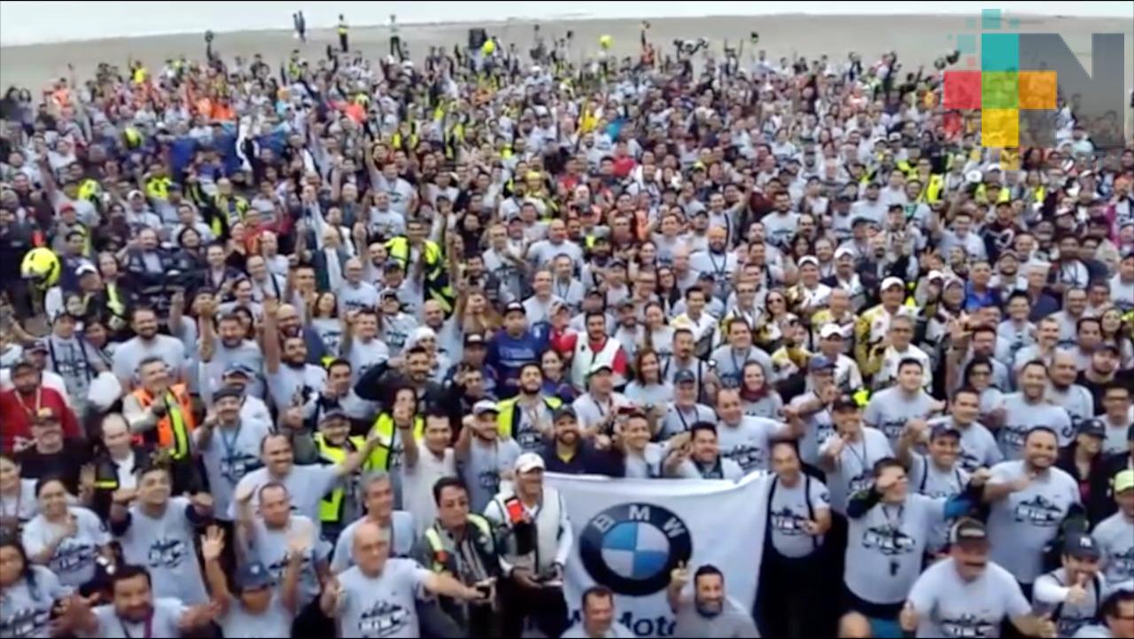 Disfrutan de Veracruz miles de motociclistas que participan en el rally 'De Sol a Sol Challenge Series 2018'