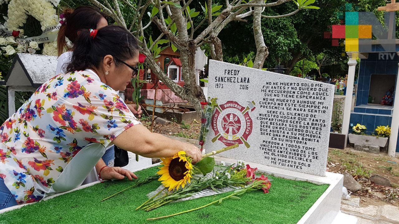 Recuerdan a víctimas de explosión en Clorados III