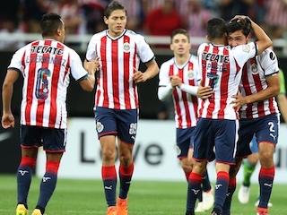 Chivas vence 1-0 a Necaxa y termina con racha sin triunfo en casa