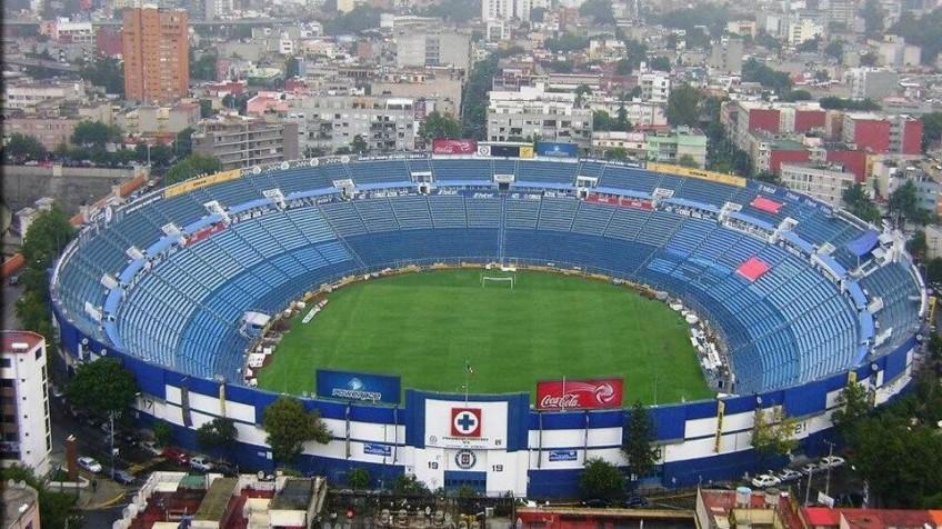 Con nostalgia y decepción, Cruz Azul se despide del Azul ante Morelia