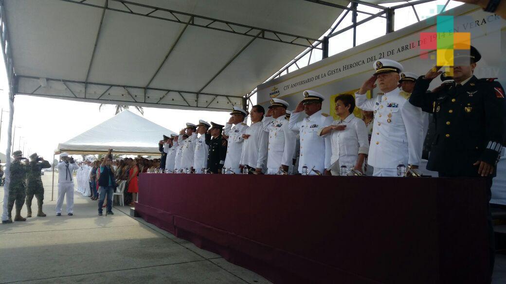 Conmemoraron en Coatzacoalcos, el 104 aniversario de la Gesta Heroica del Puerto de Veracruz
