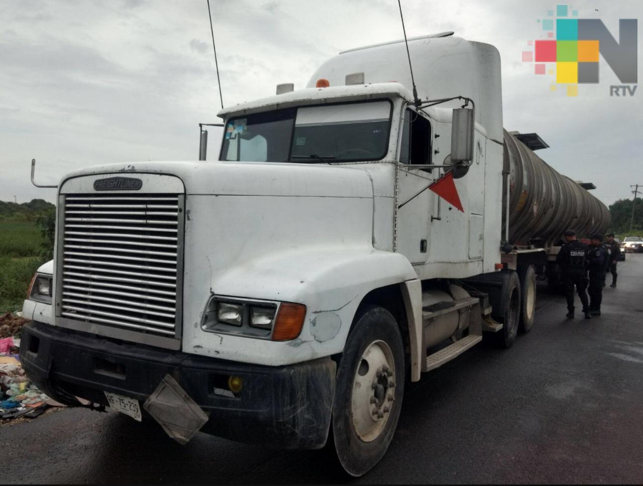 Se incrementa robo de camiones cargados de combustible en carreteras de Puebla y Tlaxcala