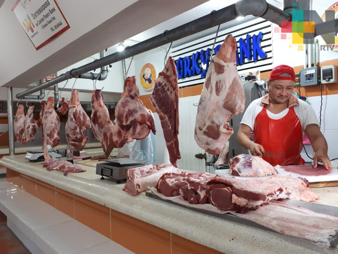 Tlabajeros confían que aumente en 100% la venta de carne de res y cerdo en Veracruz puerto