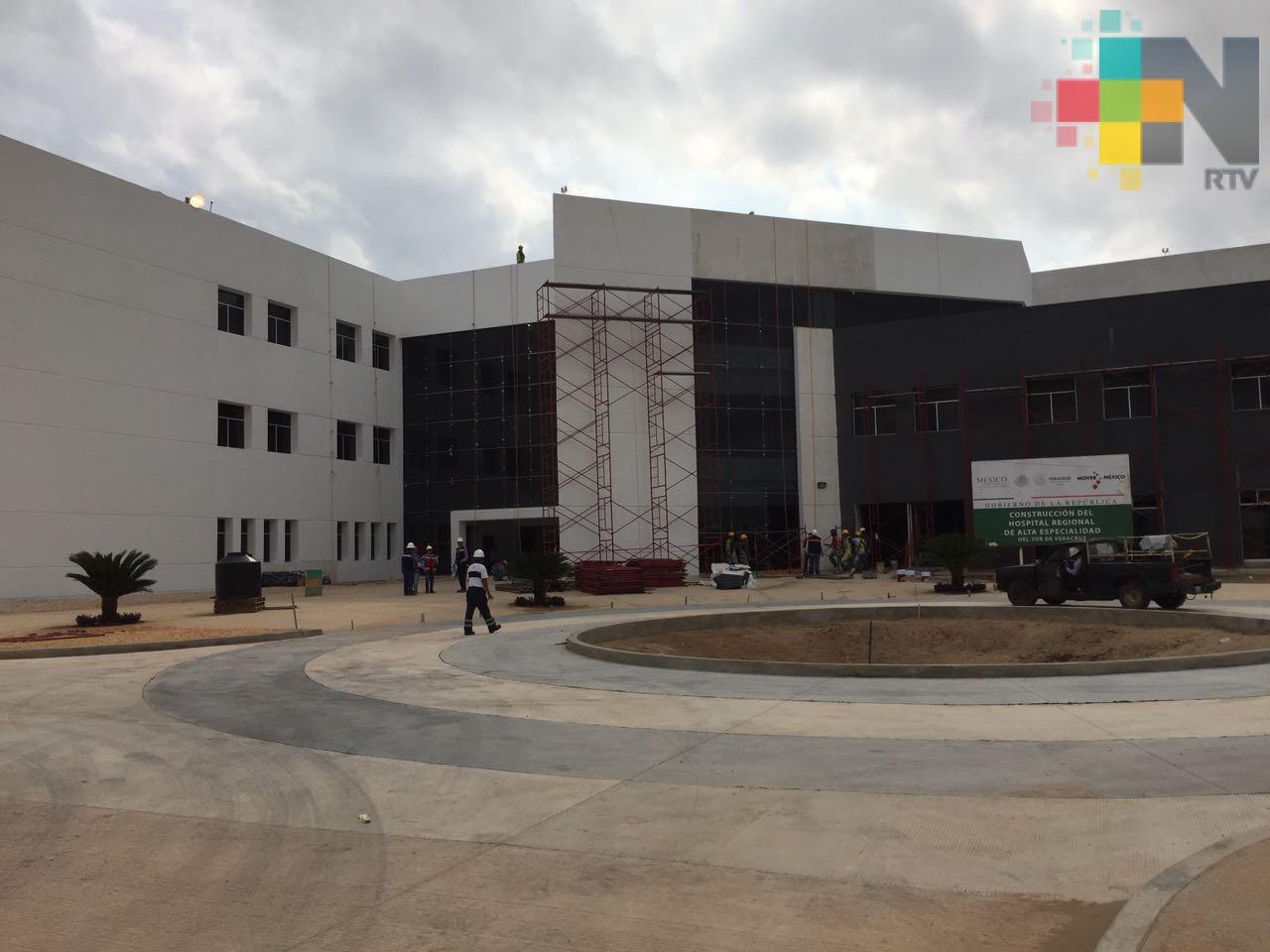 Abren vacantes para concluir construcción del Hospital de la Mujer