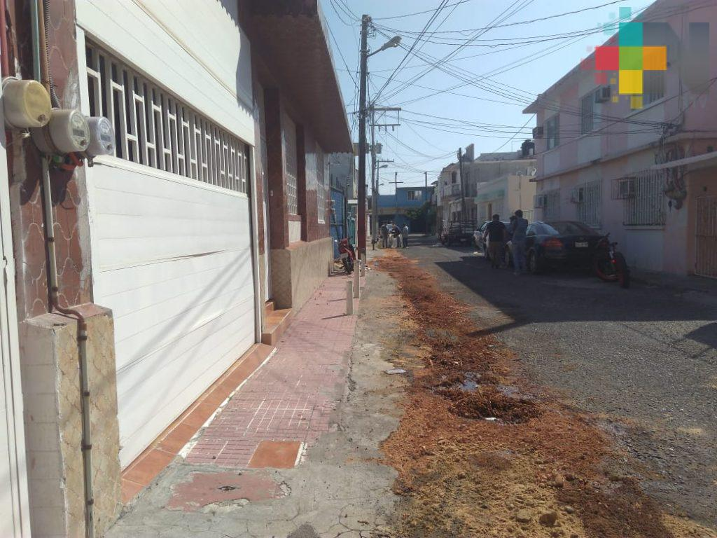 Derrame de ácido provocó malestar en vecinos de Veracruz puerto; PC atendió reporte