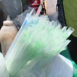 En Coatzacoalcos opinan sobre prohibición gradual de bolsas de plásticos y popotes