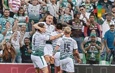 Santos vence 2-1 al Toluca en juego de ida de la final de Liga MX