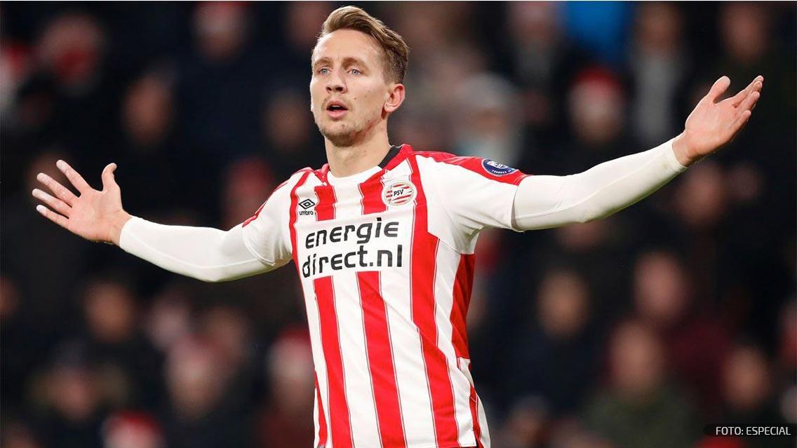 Representante de futbolista Luuk de Jong analizará oferta del América