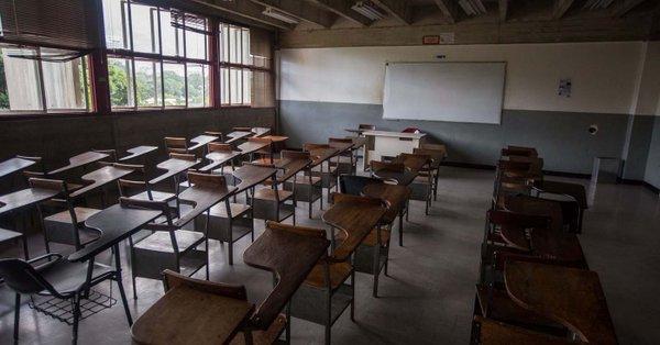 Universidades venezolanas en bancarrota; académicos inician paro