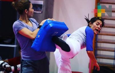 Triple medallista olímpica sinaloense María Espinoza entrenará en España
