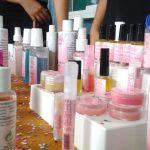 Alumnos de QFB crearon y expusieron productos cosméticos