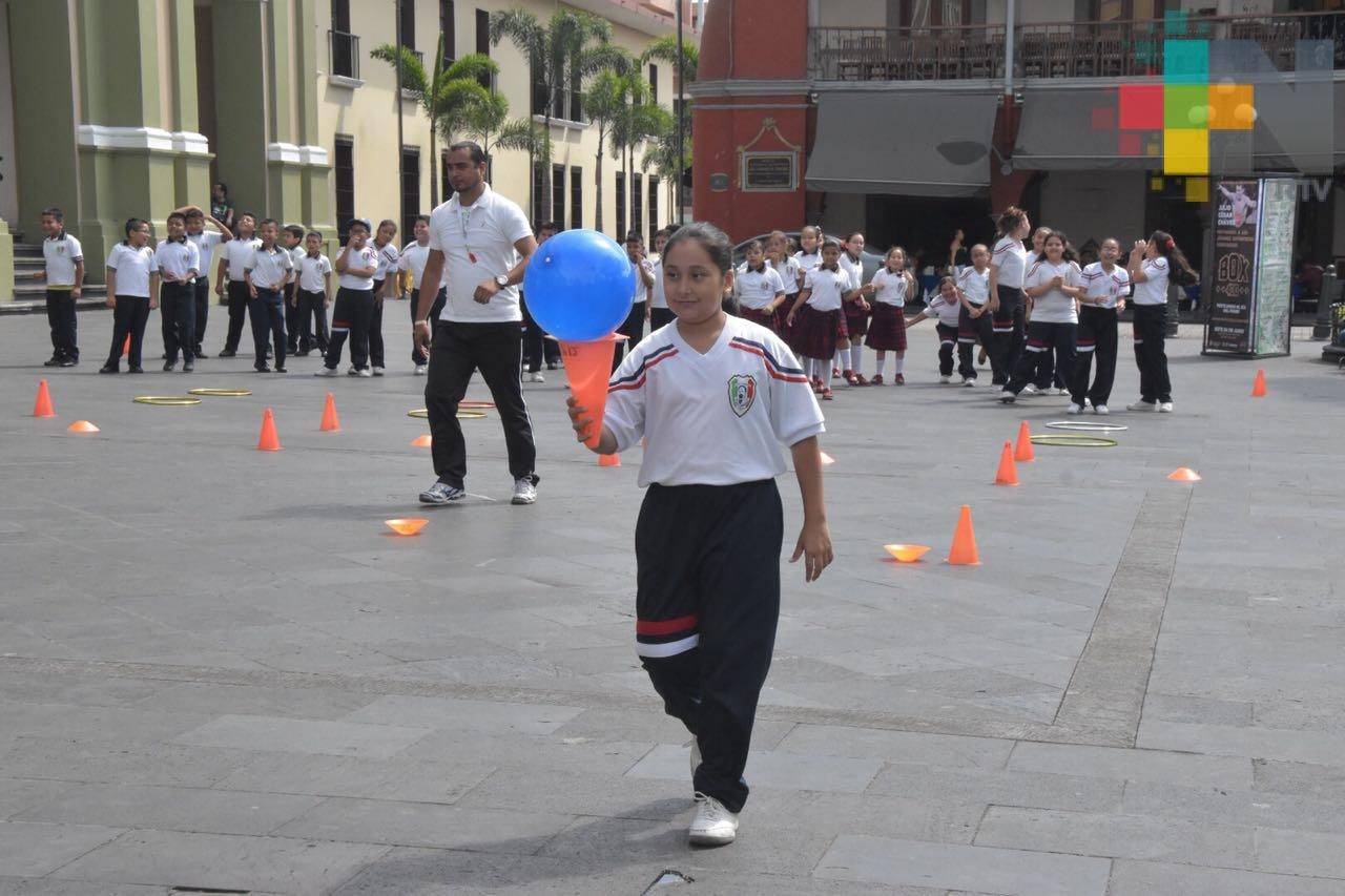 """Alumnos de primaria aprenden y se divierten en """"Rally Infantil por un Córdoba Seguro"""""""
