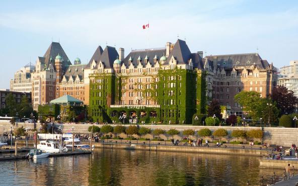 Oposición en Canadá busca cancelar acuerdo de País Seguro con EUA
