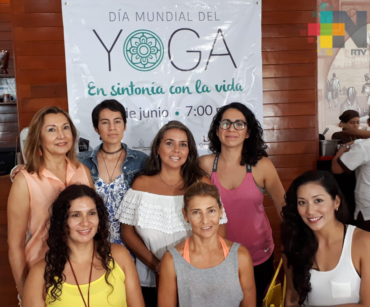 Realizarán clase masiva de Yoga en beneficio de perros y gatos abandonados