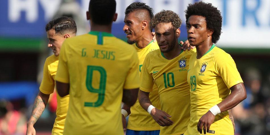 Brasil presenta una poderosa ofensiva ante Suiza, en debut mundialista