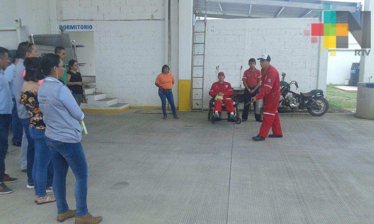 En Martínez de la Torre capacitan a empresas e instituciones en manejo de extintores