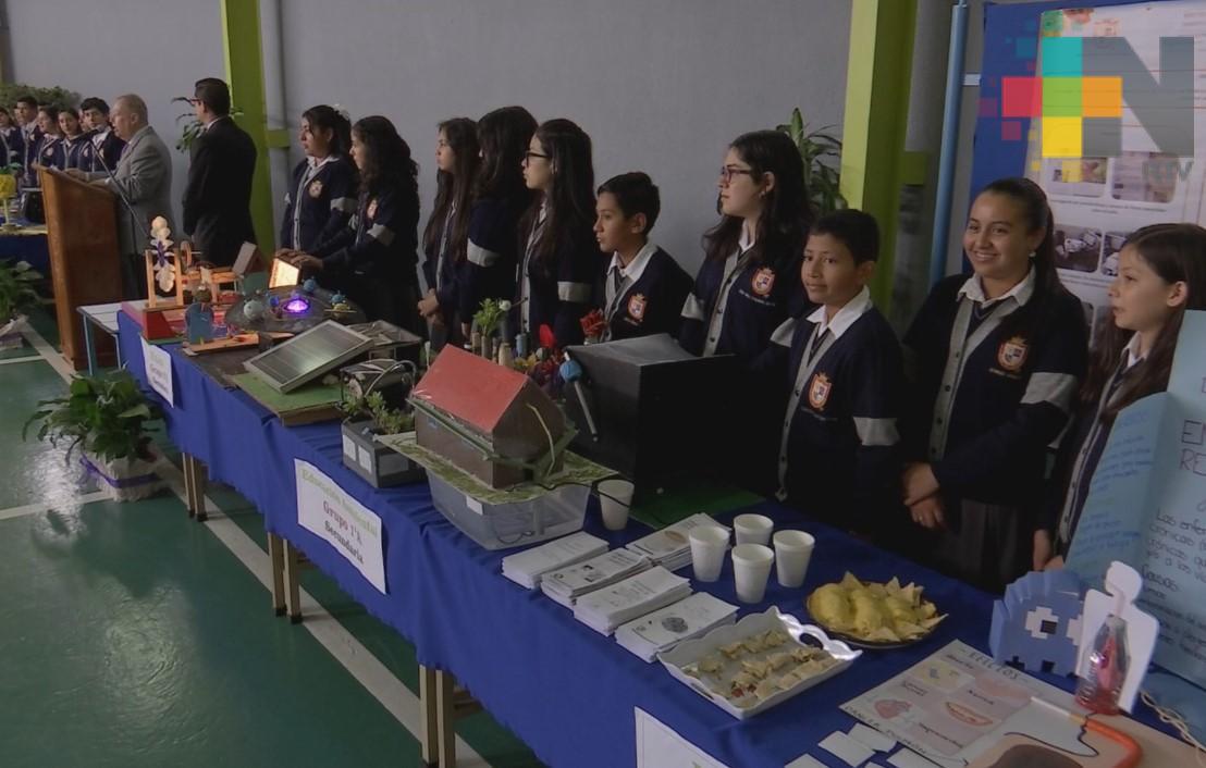 Organizan Expo Ciencias 2018 en el Instituto Villa de Cortés Xalapa