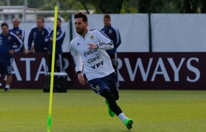 Lionel Messi y Argentina inician su camino en Rusia 2018 ante Islandia