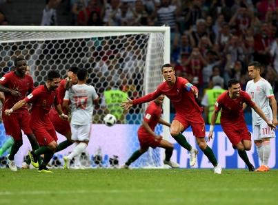 De la mano de Cristiano Ronaldo, Portugal empata a tres goles con España