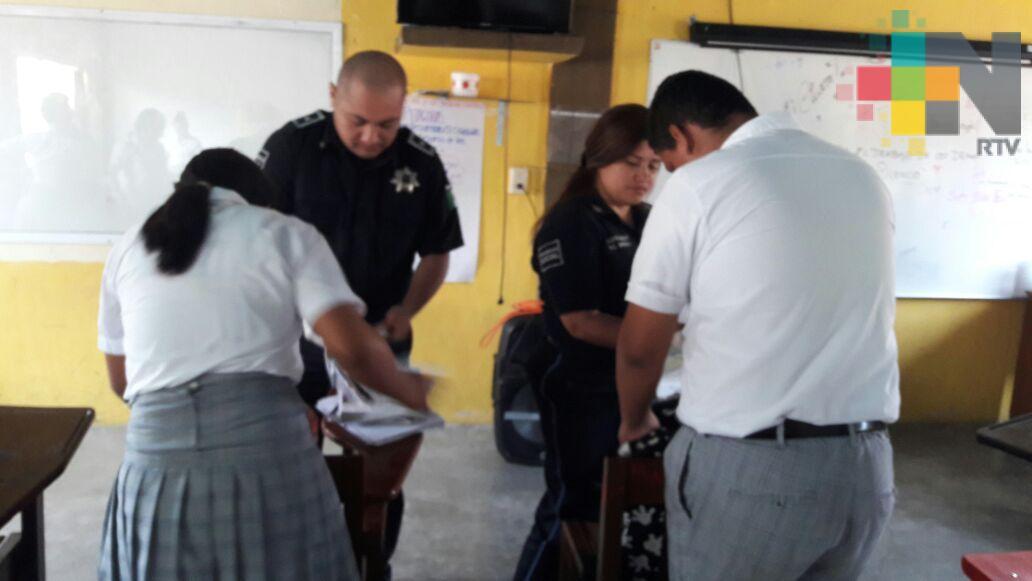 """Realizan operativo """"mochila segura"""" en escuelas de Tierra Blanca"""
