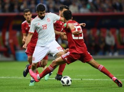 España sufre al ganar 1-0 a Irán y avanza en Copa del Mundo de Rusia