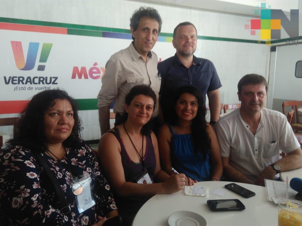 Observadores electorales extranjeros reconocen civismo y democracia de los mexicanos