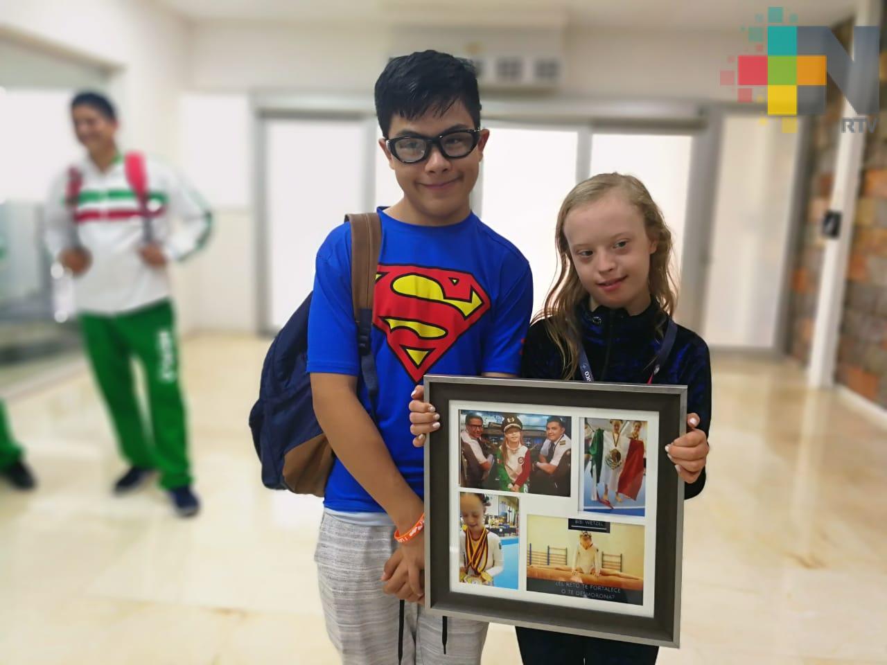Con ocho medallas de oro, gimnastas con síndrome de Down regresan a Coatzacoalcos