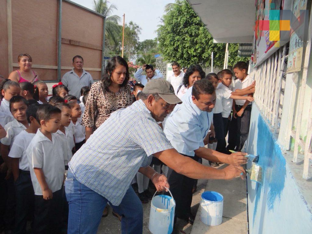 """Programa municipal """"Échale una mano a tu escuela"""" de los más demandados en Tierra Blanca"""