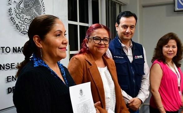 """Diputadas federal y local electas de la coalición """"Juntos Haremos Historia""""por Xalapa reciben constancia de mayoría"""