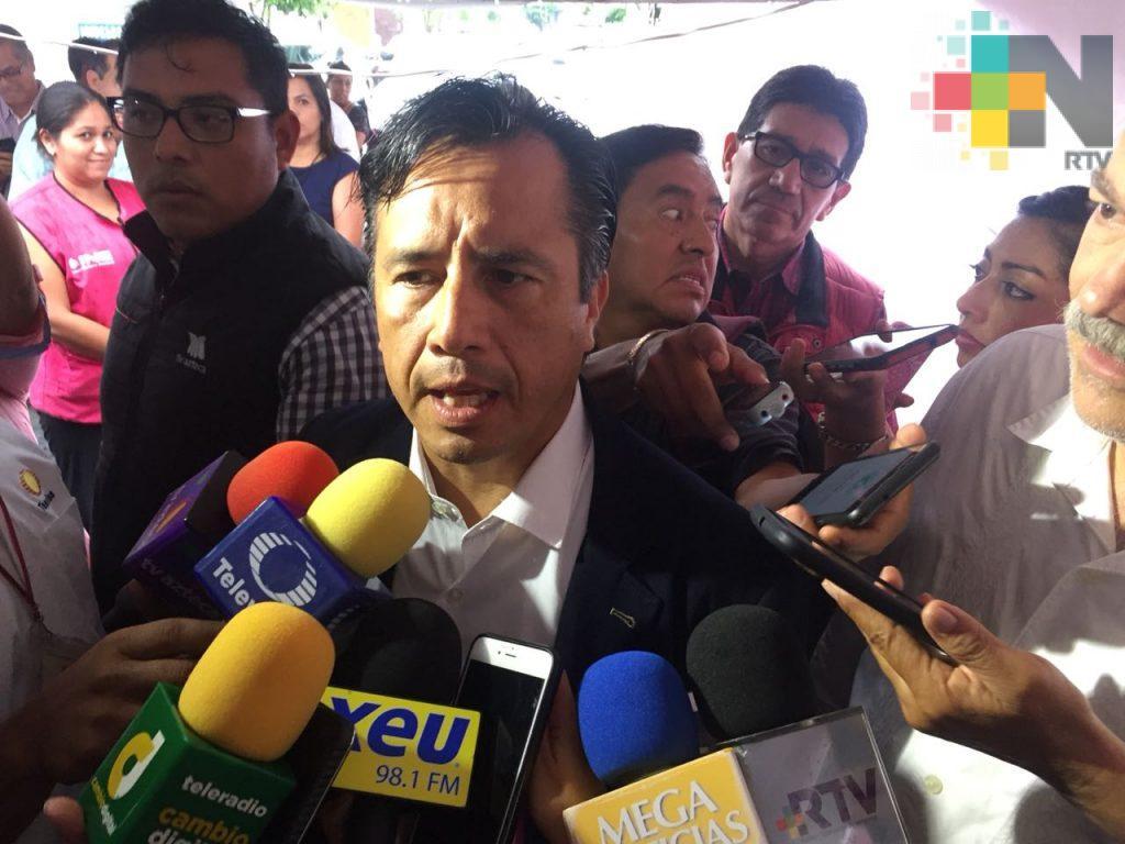 Gobernador electo confirma reunión con gobernador Yunes Linares