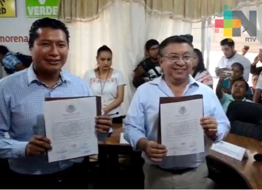 En Tantoyuca entregan constancia de mayoría a diputados local y federal electo